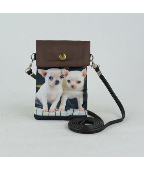 Petites pochettes téléphone - Bébés chihuahuas sur le piano